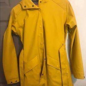 HH yellow raincoat